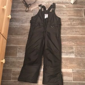 Other - Brand new snow suit